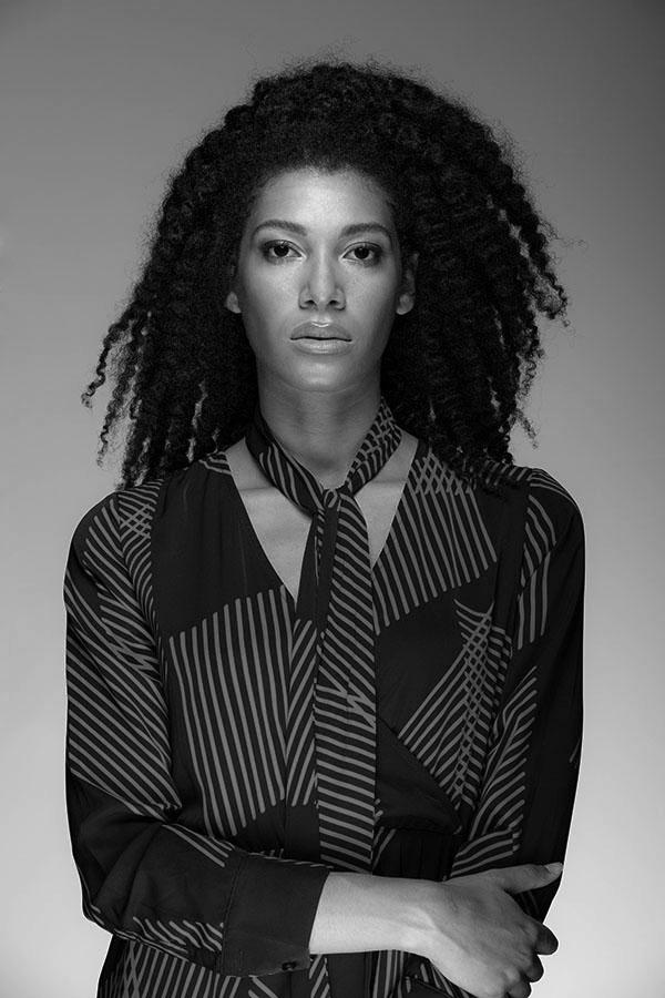 Monica-modella-alpi-fashion-bn